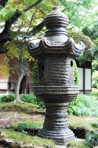 陶製の燈籠
