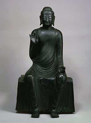 銅造釈迦如来倚像