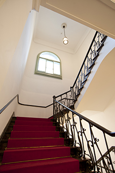 黒田記念館階段