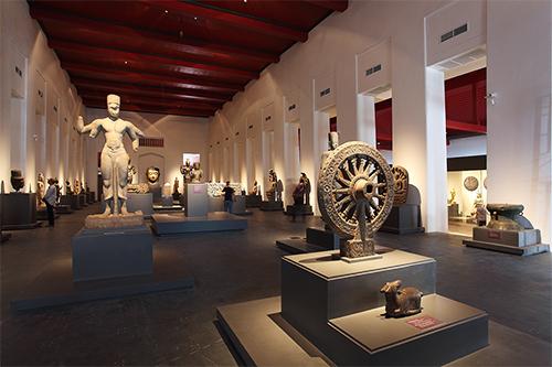 普段のタイの美術の歴史展示の様子