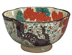 色絵桜楓文木瓜形鉢