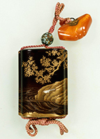 Inro (Medicine case), Cherry and maple tree design in maki-e lacquer