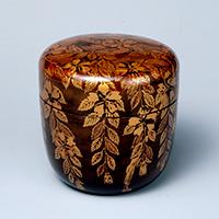 Tea Caddy, Drooping cherry design in maki-e lacquer