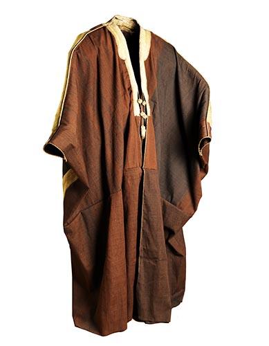 アブドゥルアジーズ王の上衣