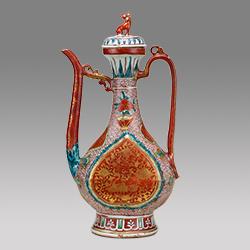 重要美術品 五彩金襴手水注 中国・景徳鎮窯 明時代・16世紀 坂本五郎氏寄贈