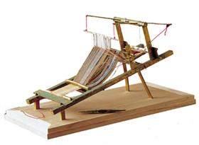 金銅製雛機