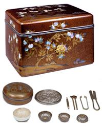 橘蒔絵手箱および内容品