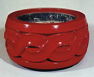 Red lacquered brazier             with twisted rope design