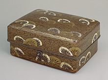 Tebako (cosmetic box), design of viii wheels