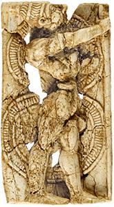 戦士の象牙浮彫り