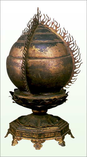 Reliquary in Shape of Flaming Jewel, Important Cultural Property