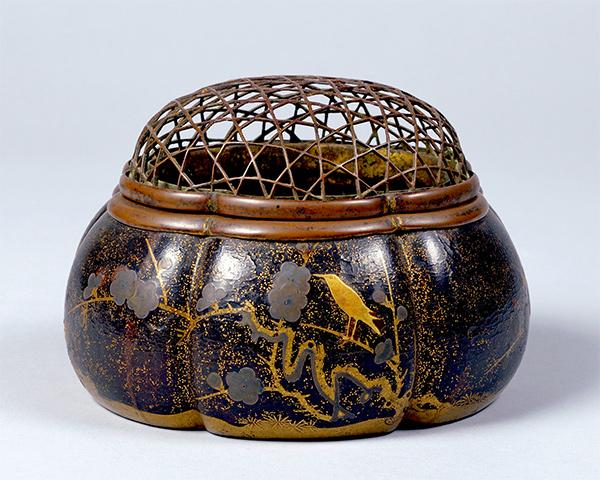 重要文化財 初音蒔絵火取母 室町時代・15世紀 神奈川・東慶寺蔵