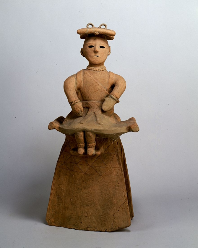 """Image of """"Seated miko (maiden in service of god)(terra-cotta tomb figurine)."""""""