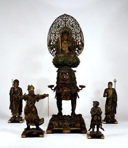 『文殊菩薩騎獅像および侍者立像(もんじゅぼさつきしぞうおよびじしゃりゅうぞう)』の画像