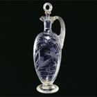 『白色ガラス蛙蜻蛉刻文瓶 イギリス 19世紀 グリーン & ネフュー社寄贈』の画像